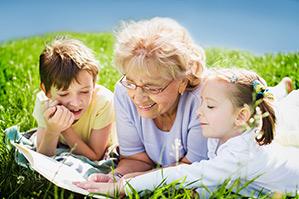 ¿Debemos dejar al niño con los abuelos en verano?