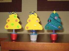 Arbolitos de Navidad con cápsulas de café