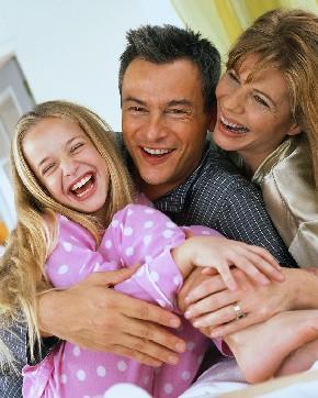 Contar chistes hace reír a toda la familia