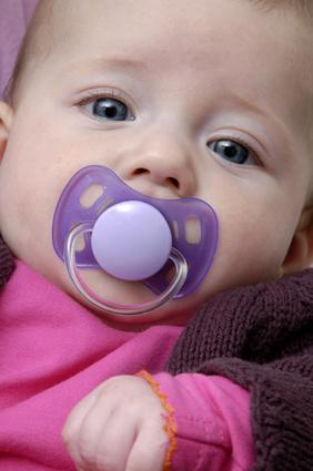 El chupete y desarrollo emocional del bebé