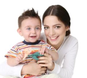 Claves para encontrar canguro o cuidadora para los bebés y niños