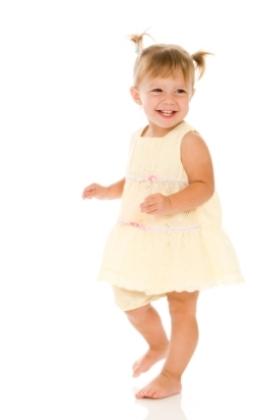 Cambios físicos y crecimiento en el niño de uno 1 a dos 2 años