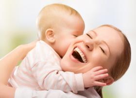 Díada madre-bebé en el puerperio