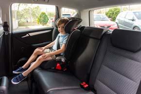Los niños, en el asiento trasero | Elbebe.com