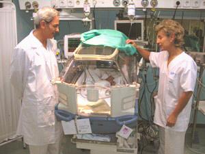 Neonatólogos en el Hospital madrileño de La Paz