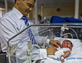 Bebés extremadamente prematuros