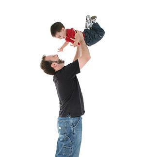 El papel de los padres en el juego del niño de 1 a 2 años: el mejor juguete