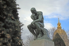 El Pensador de Rodin representa el pensar y la poesía
