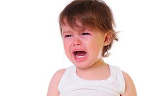 Rabietas en niños de 2 años: ¿qué hacer para manejar rabietas agresivas?