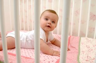 Recomendaciones sobre la cuna y el cuarto del bebé recién nacido