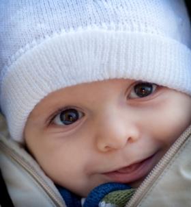 Resfriados y catarros de bebés y niños fiebre y cuidados