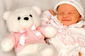 La ropa del bebé recién nacido