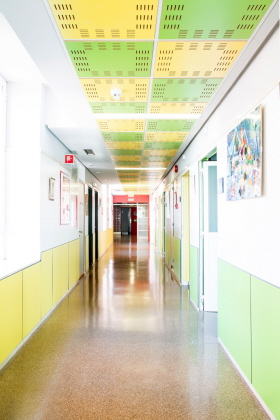 Tableros antibacterianos en el Hospital Clínico San Carlos de Madrid