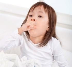 Aliviar la tos en bebés y niños fiebre y catarros
