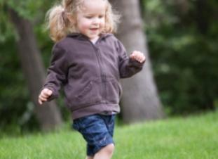 Desarrollo psicomotor niño de dos 2 a tres 3 años