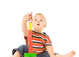 Los juguetes educativos son divertidos y permiten a los niños explorar su mundo.